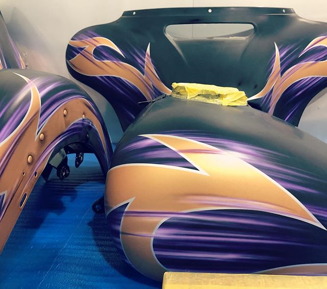 Custom Tri Glide!!!#custompaint #harleydavidson #triglide #triglideultra #redmotorcycle #customtrike #トライグライド #トライク #レッドモーターサイクル #コブー #カスタムペイント