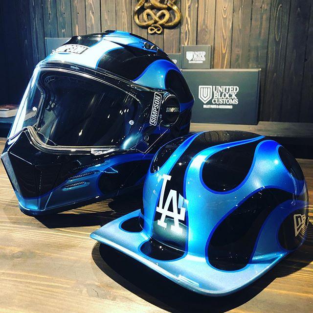 ヘルメット、大変お待ちどう様でした。バッチリ美しめのグラデーションブルー♫@yama.bm  ありがとうございました#coboo #harleydavidson #hogg #custompaint #simpsonhelmets