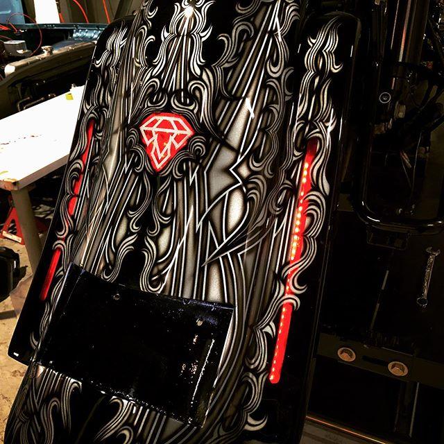 🤩🤩🤩点灯〜#coboobagger #coboo #custompaint #unitedblockcustoms #harleydavidson #customharley #diamond