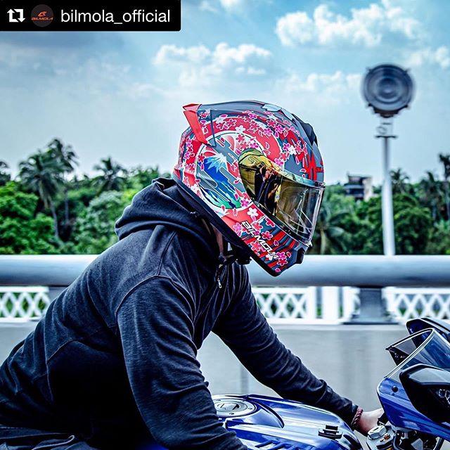 Bilmola! Zensuiモデル(Fuji,Yasha)がメーカー売り上げ人気上位!という事で嬉しい♫ 2020に4つ目のデザインモデルがでます!楽しみす!#Repost @bilmola_official with @get_repost・・・FUJI - Rapid S model #bilmola #bilmolahelmet #rapids #rapid #fuji #motorcycle #biker #bikelife #helmet #helmet2019 #bilmola2019