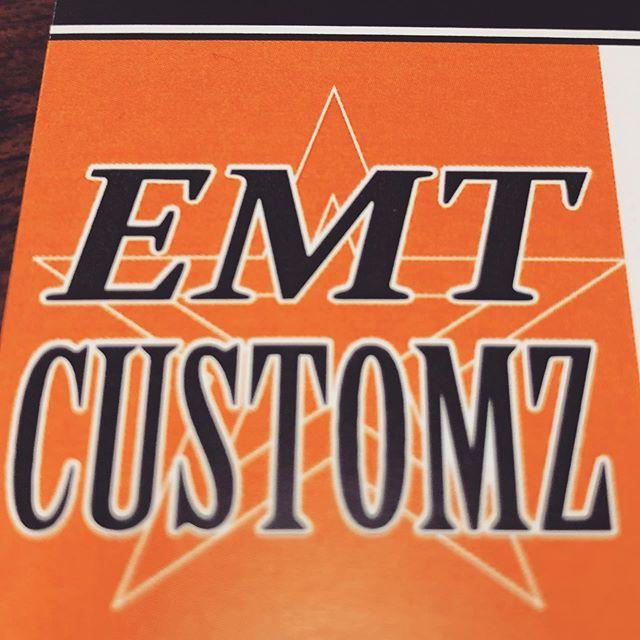 EMT Customz!COBOOの店舗の北側(62号線国道沿い)にお店を運営するお隣さん♫ハーレーの販売,修理,カスタム,メンテナンスなど! を行うお店さんです!12月より準備を進め、本日名刺を頂いた♫🤘🏼COBOOにお越しの際は是非はしごください♫(逆の場合はCOBOOにはしごしに来てください♫笑)皆様よろしくど〜ぞ〜♫@makoto.gx71 #emtcustomz #harleydavidson #customharley #hogg #hoggcustom #bagger #custombagger
